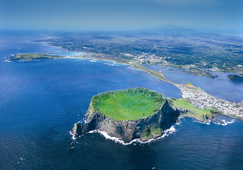 Jeju Volcanic Island and Lava Tubes I Discover Korea's ...
